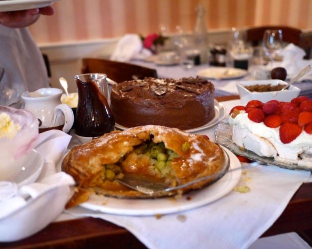 Gooseberry Pie | Chocolate Mousse Cake | Strawberry Pavlova