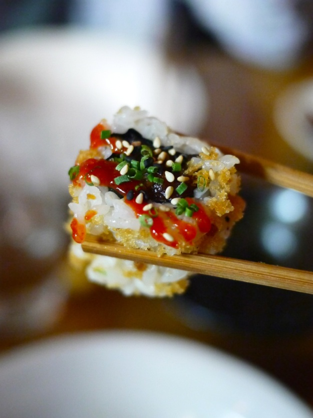 Spicy Tuna Maki | rolled in tempura crunchies