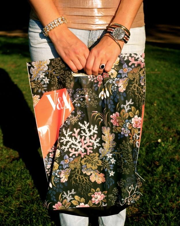 V&A bag