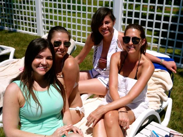Morning Pool Girls
