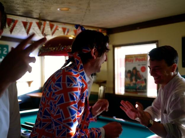 Saloon Playing