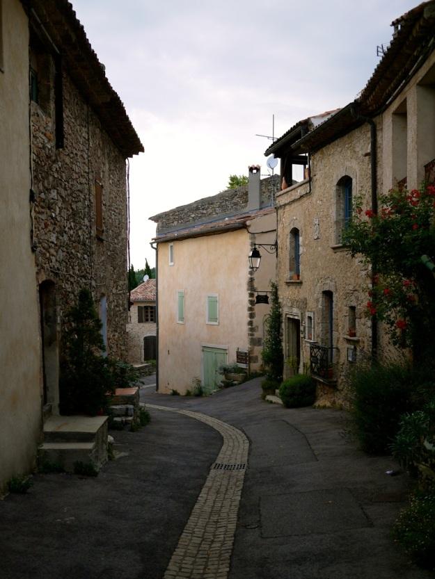 Tourtour town