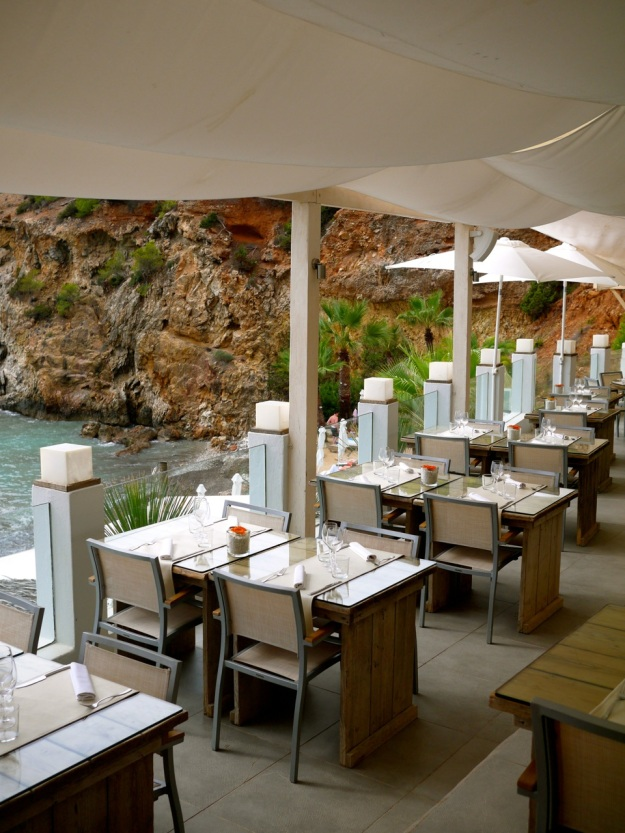 Amante Beach Club Terrace