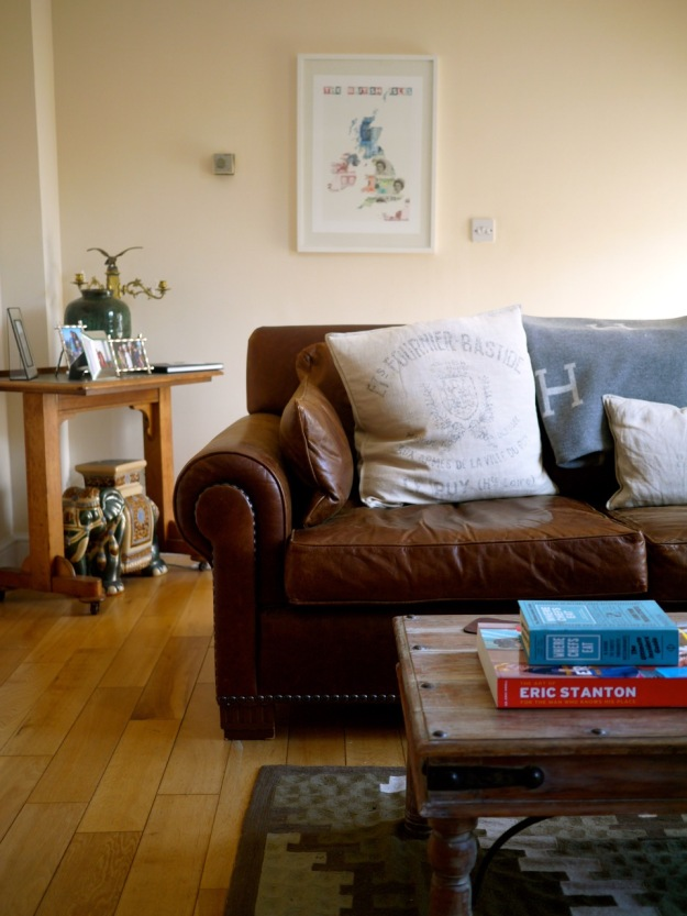 Mustow Place Flat Upstairs Sitting Room