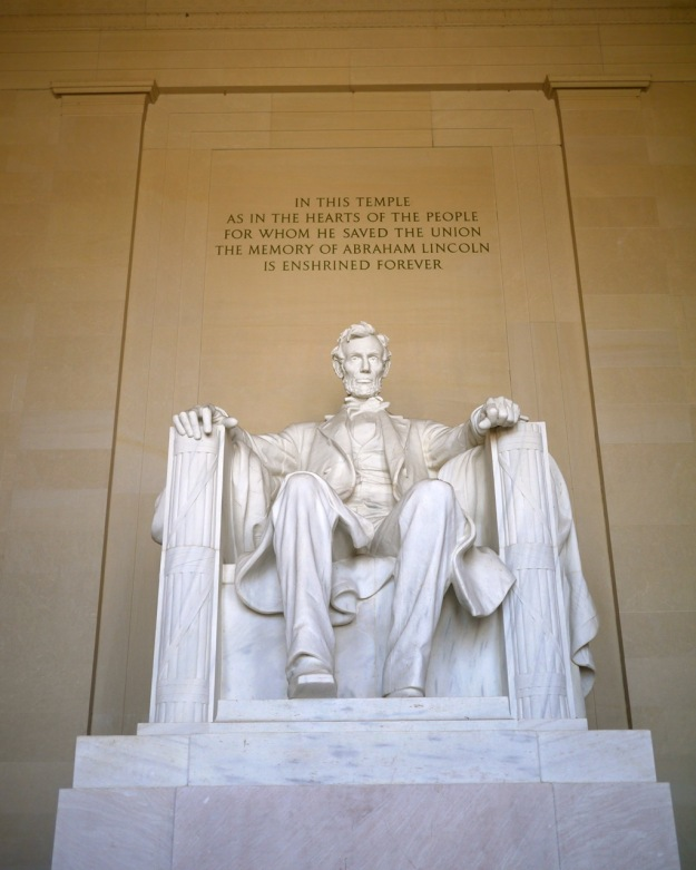 Washington DC Lincoln Memorial Seated Marble