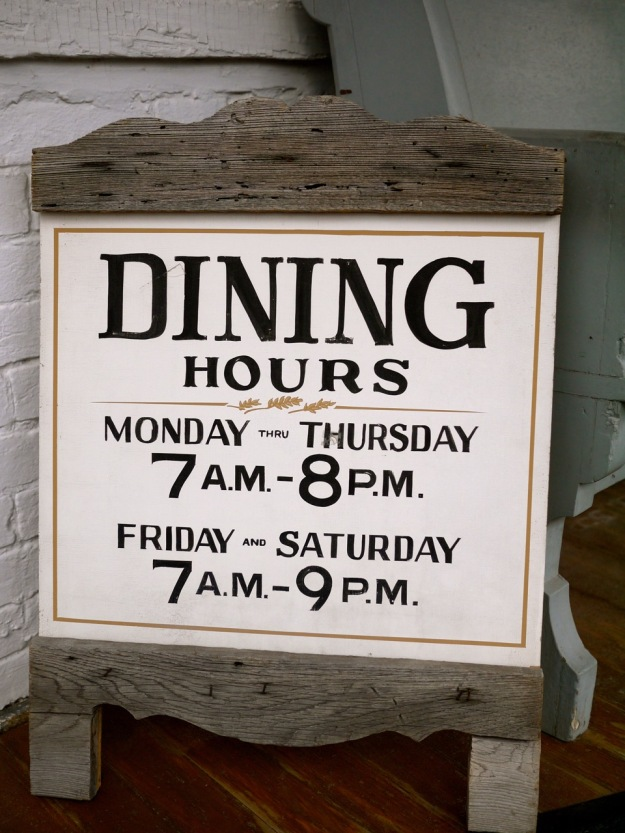 Casselton Dining Hours
