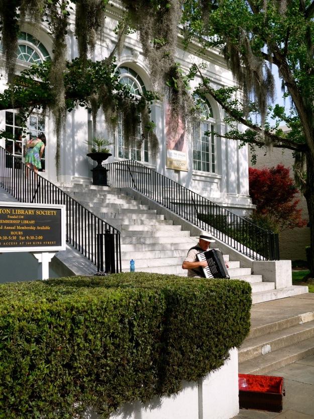 Charleston Library Spanish Moss Oak Acordian Player