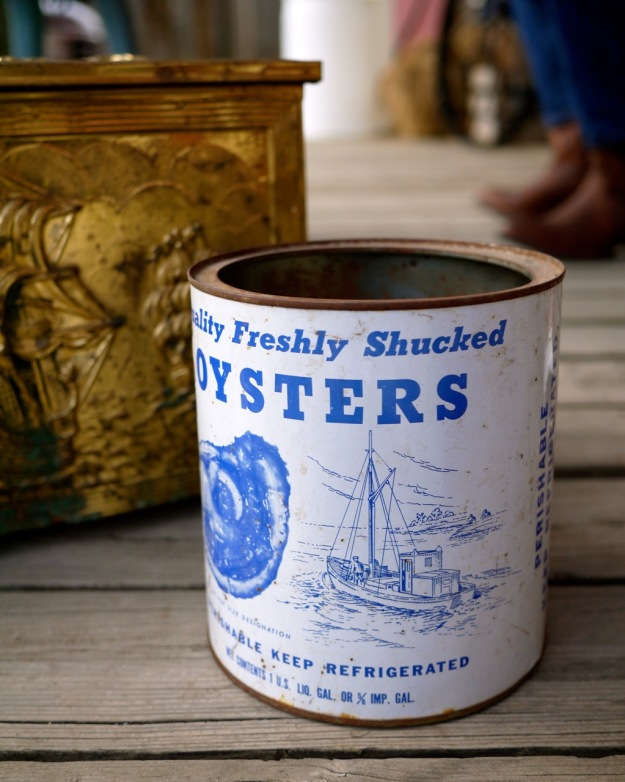 Dan's Antiques Oyster Can