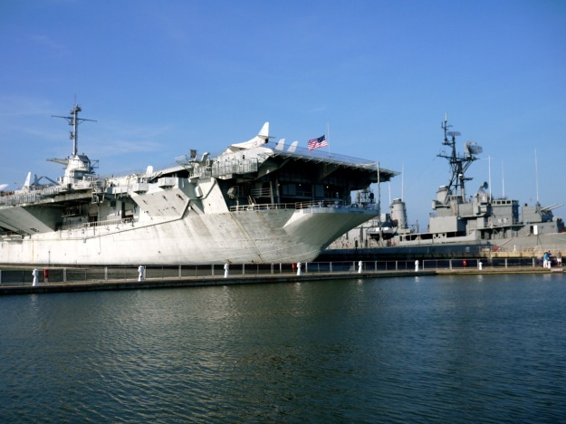 Charleston Harbor Patriots Point USS Yorktown