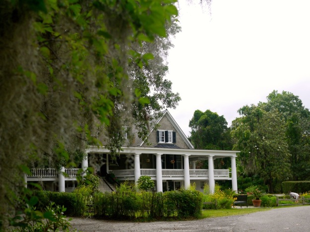 Magnolia Plantation Exterior Front