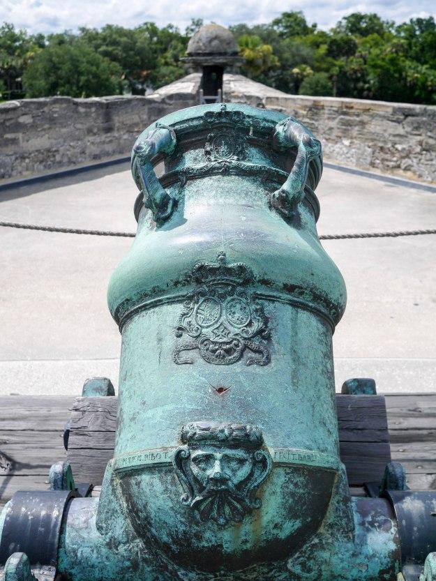 St Auguestine Castillo Cannon Blue