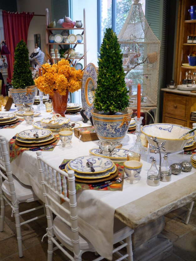 Charlottesville Caspari dining table setting