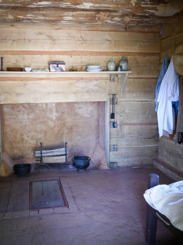 Log cabin dwelling for slaves