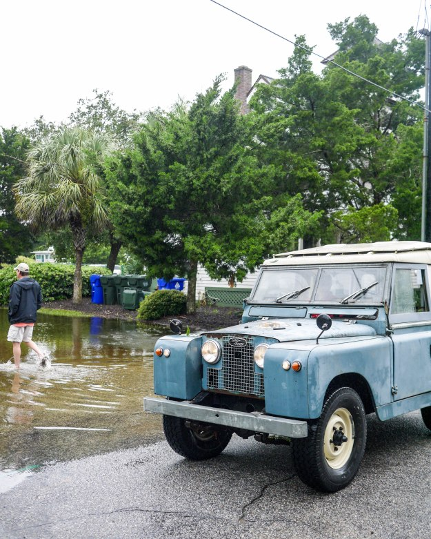 Hurricane Joaquin Sullivan's Island Flooding Land Rover