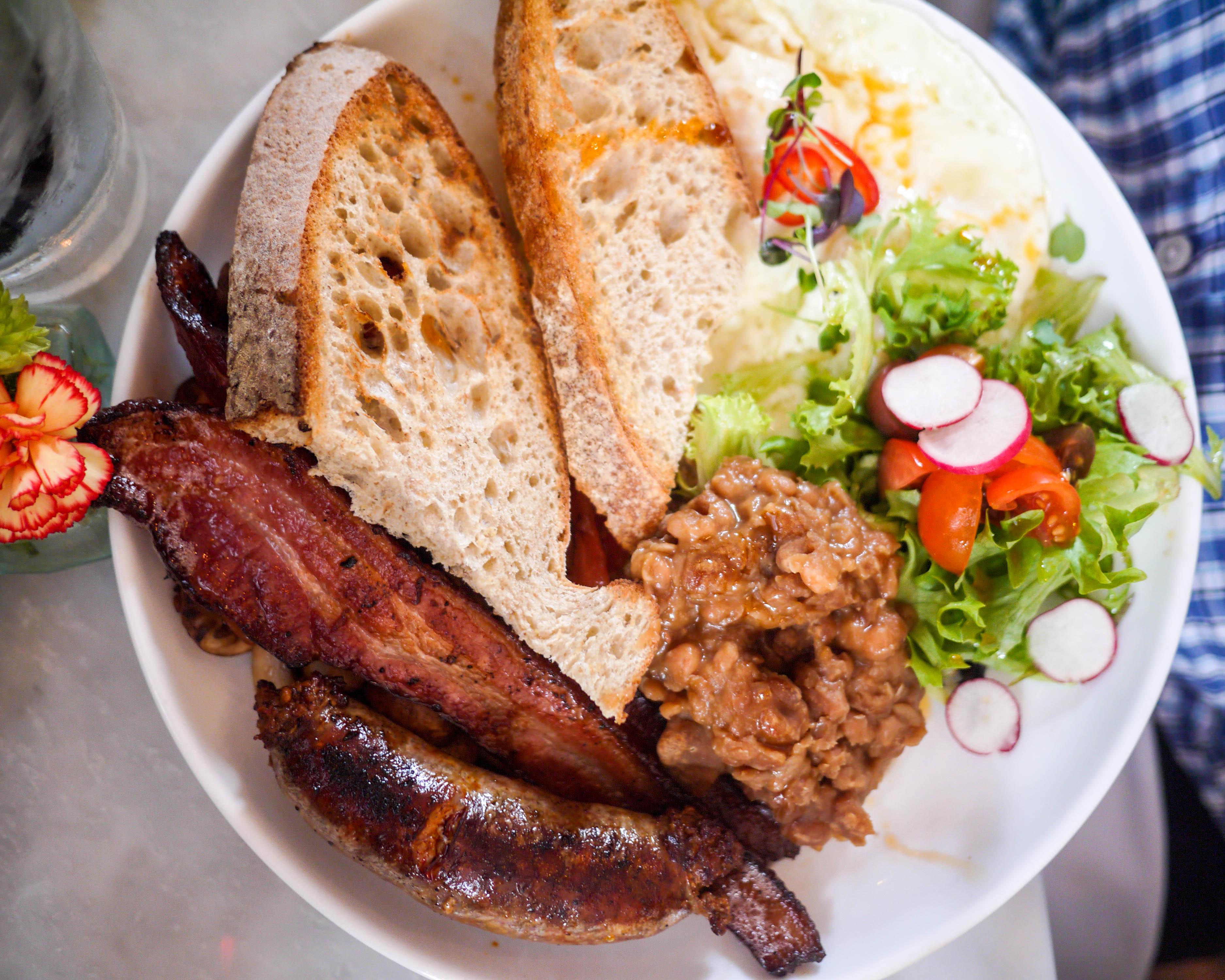 Savannah Collins Quarter Aussie Breakfast
