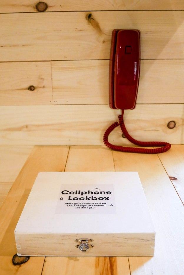 getaway cabin phone